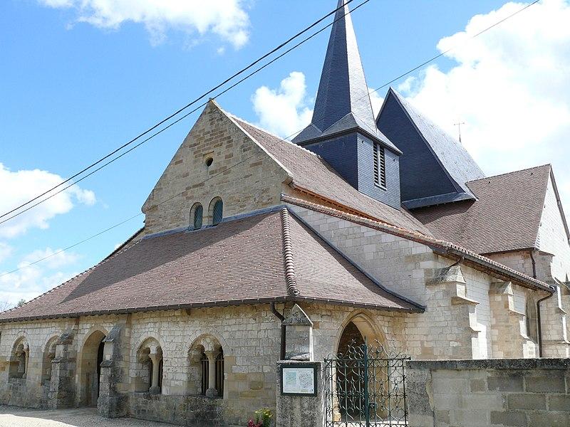 Photo du Monument Historique Eglise Saint-Symphorien situé à Ponthion