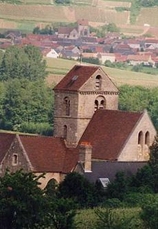 Photo du Monument Historique Eglise situé à Prouilly
