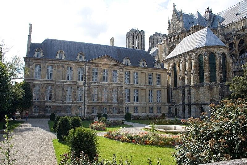 Photo du Monument Historique Ancien archevêché, actuellement Palais du Tau situé à Reims