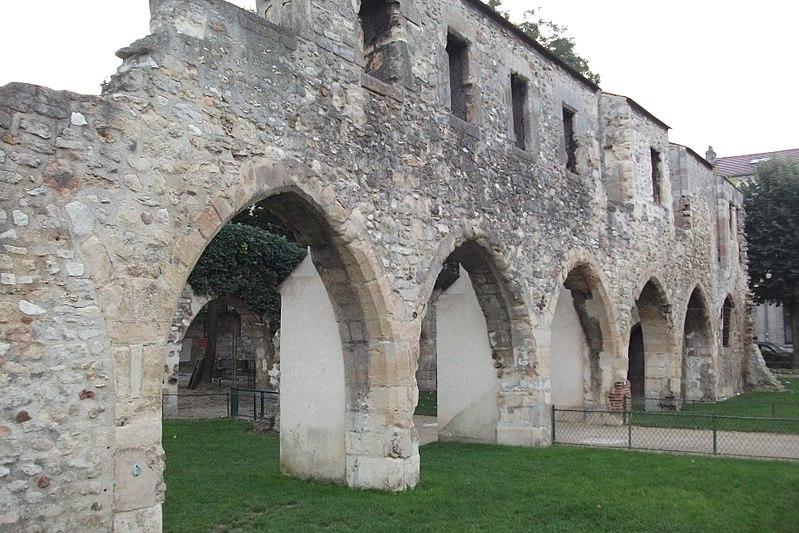 Photo du Monument Historique Couvent des Cordeliers (ruines du) situé à Reims