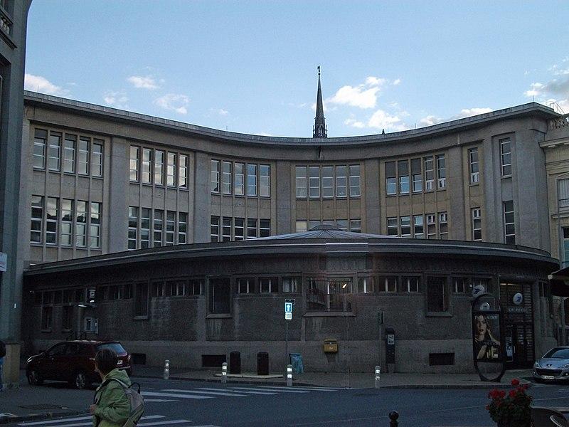Photo du Monument Historique Hôtel des postes situé à Reims