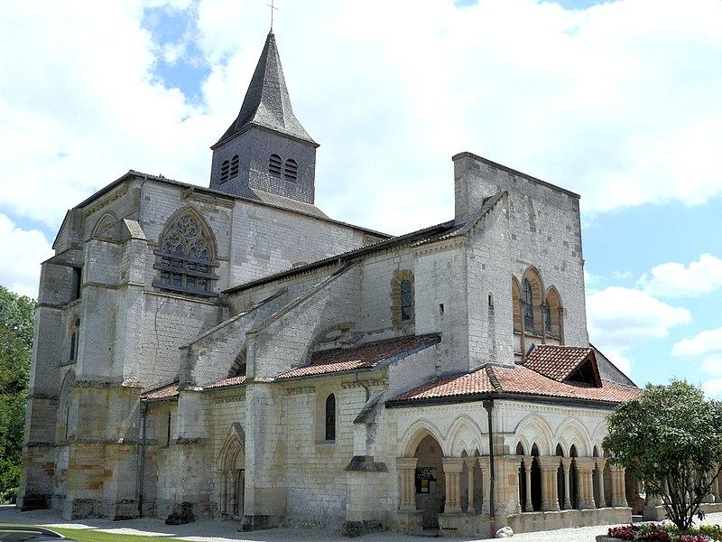Photo du Monument Historique Eglise Saint-Amand situé à Saint-Amand-sur-Fion