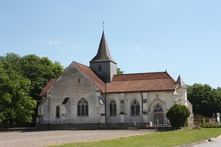 Photo du Monument Historique Eglise Saint-Etienne situé à Saint-Ouen-Domprot