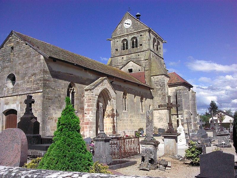 Photo du Monument Historique Eglise situé à Saint-Vrain