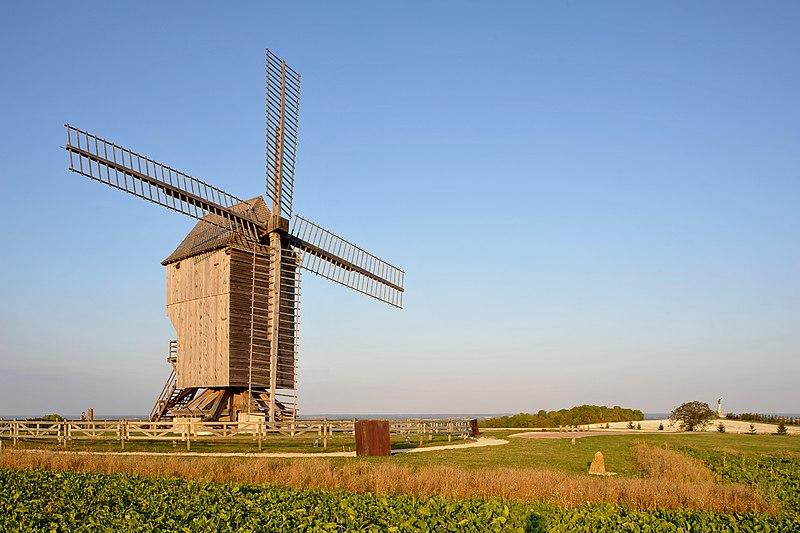 Photo du Monument Historique Moulin de Valmy situé à Valmy