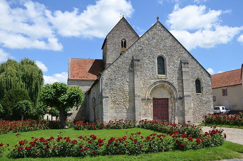 Photo du Monument Historique Eglise situé à Verneuil