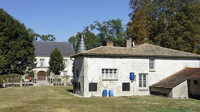 Photo du Monument Historique Château situé à Villers-le-Château