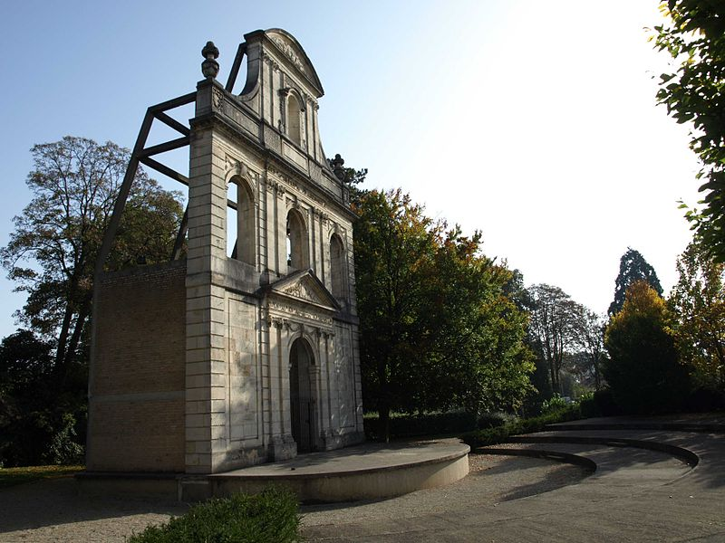 Photo du Monument Historique Collège de garçons situé à Vitry-le-François