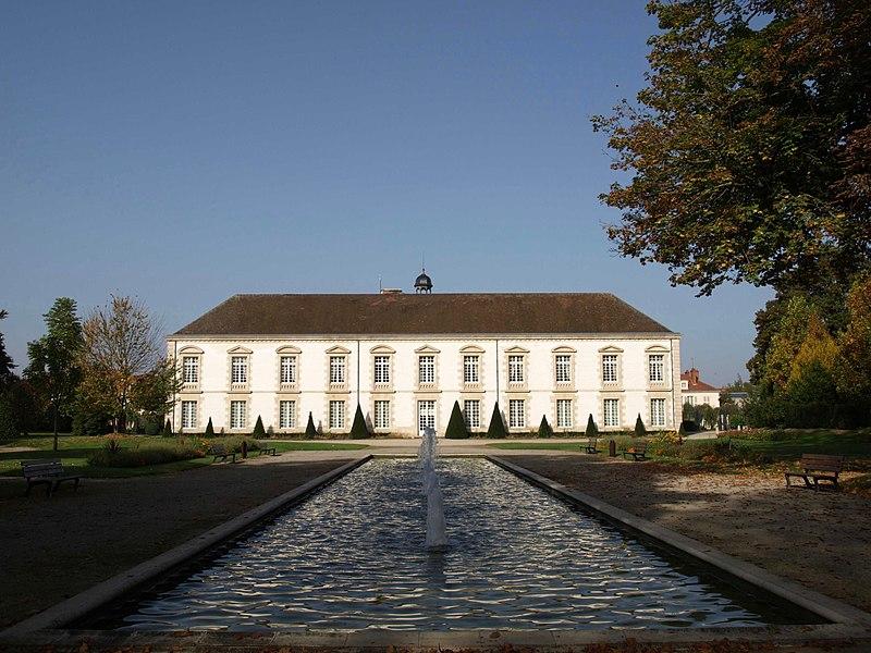 Photo du Monument Historique Couvent des Récollets situé à Vitry-le-François