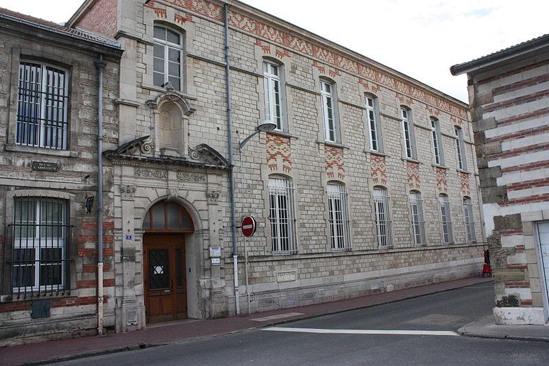 Photo du Monument Historique Maison des Arquebusiers situé à Vitry-le-François
