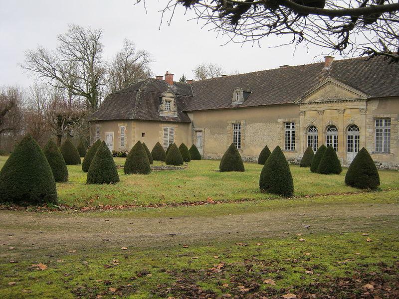 Photo du Monument Historique Château d'Etrepy situé à Etrepy