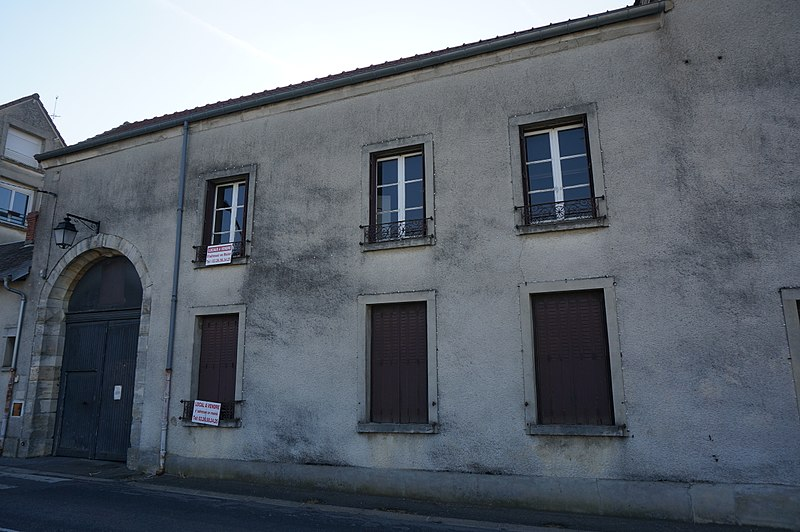 Photo du Monument Historique Bâtiment de l'ancien tribunal du bailliage situé à Châtillon-sur-Marne