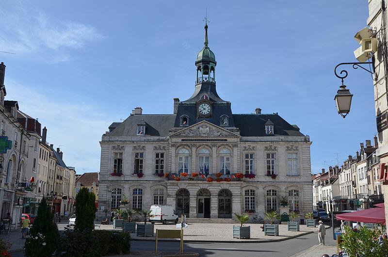 Photo du Monument Historique Hôtel de ville situé à Chaumont