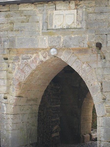 Photo du Monument Historique Ancien château situé à Cusey