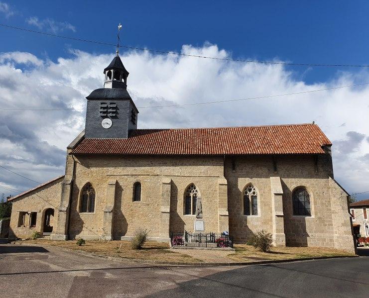 Photo du Monument Historique Eglise Saint-Benigne situé à Domblain