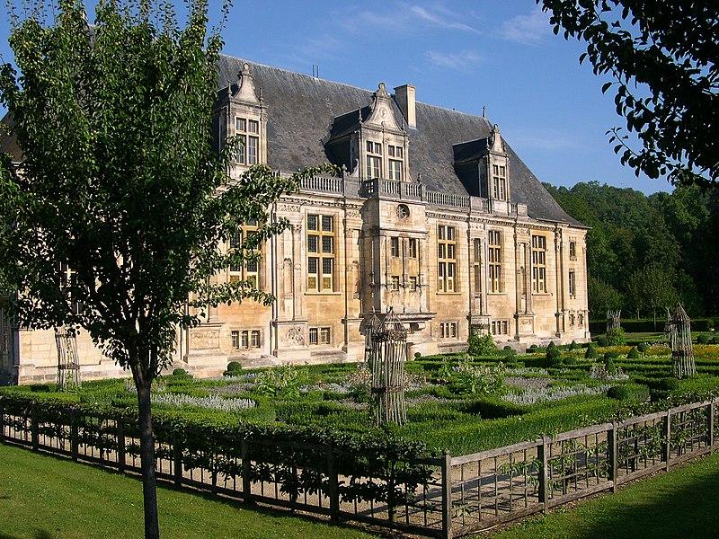 Photo du Monument Historique Château du Grand-Jardin et son parc situé à Joinville