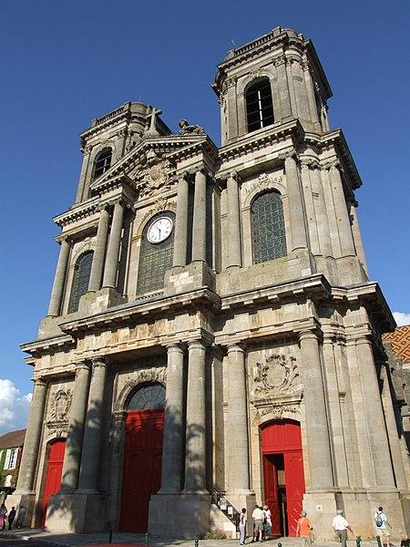 Photo du Monument Historique Cathédrale Saint-Mammes situé à Langres