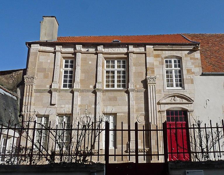 Photo du Monument Historique Hôtel de Roze situé à Langres