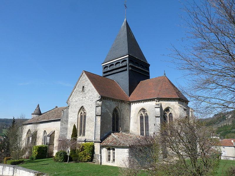 Photo du Monument Historique Eglise Saint-Aignan situé à Poissons