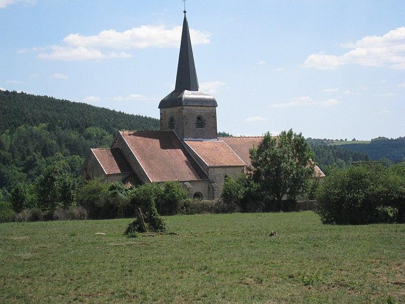 Photo du Monument Historique Eglise Saint-Pierre situé à Coublanc