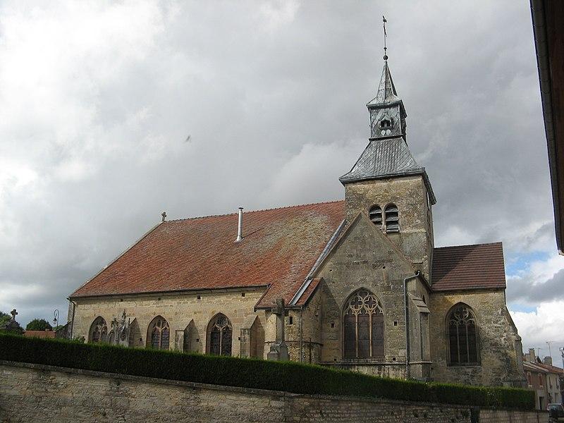 Photo du Monument Historique Eglise Saint-Louvent situé à Doulevant-le-Château