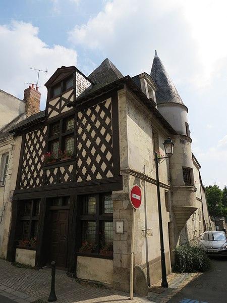 Photo du Monument Historique Immeuble situé à Château-Gontier