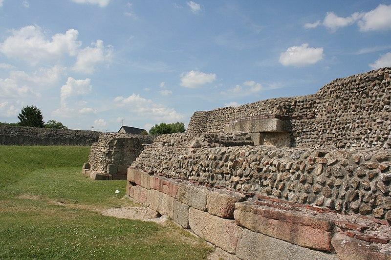 Photo du Monument Historique Camp romain (restes) situé à Jublains