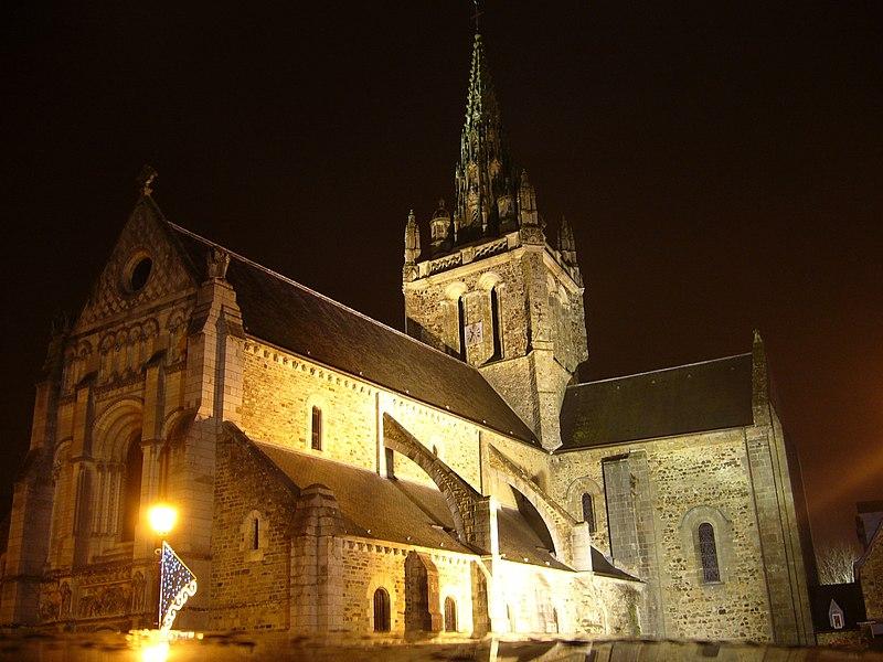 Photo du Monument Historique Eglise Notre-Dame d'Avesnière situé à Laval