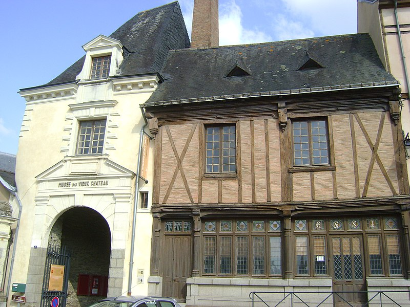 Photo du Monument Historique Immeuble dit de Maistre Julien Briand situé à Laval