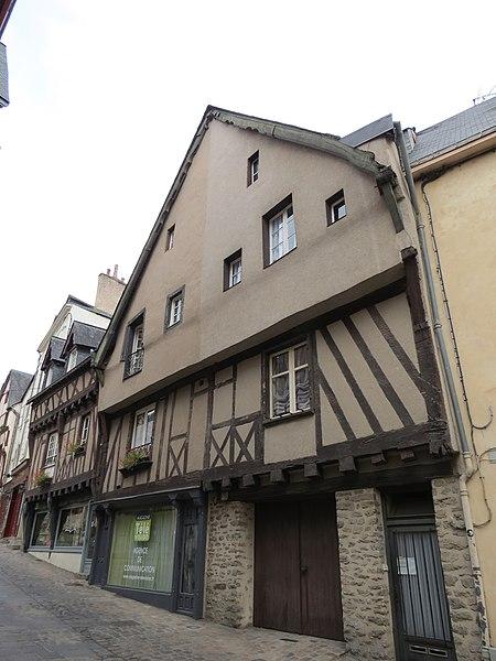 Photo du Monument Historique Maison du 16e siècle situé à Laval