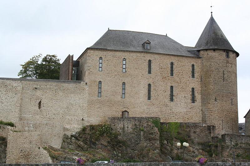 Photo du Monument Historique Château situé à Mayenne