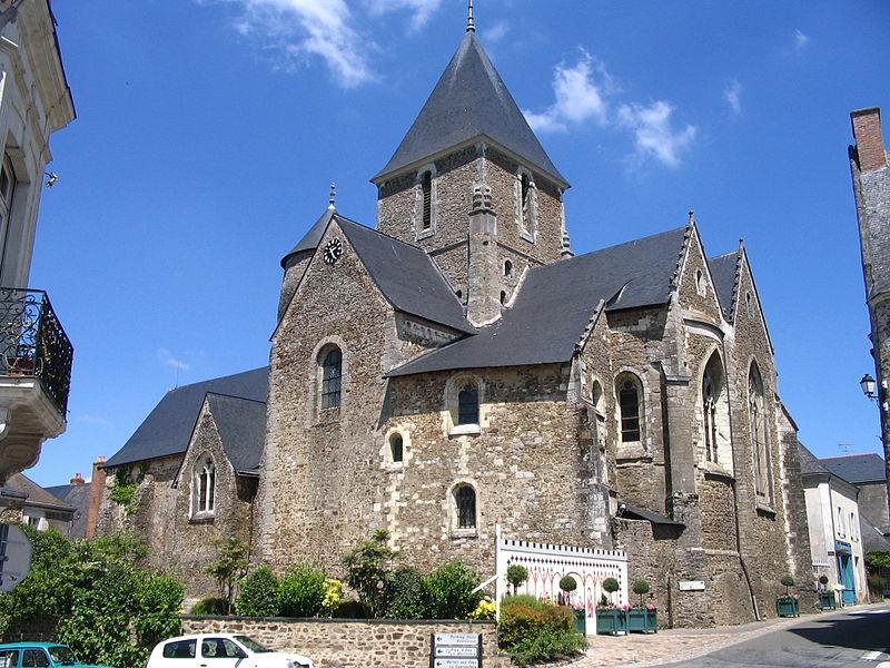 Photo du Monument Historique Eglise Saint-Denis situé à Saint-Denis-d'Anjou