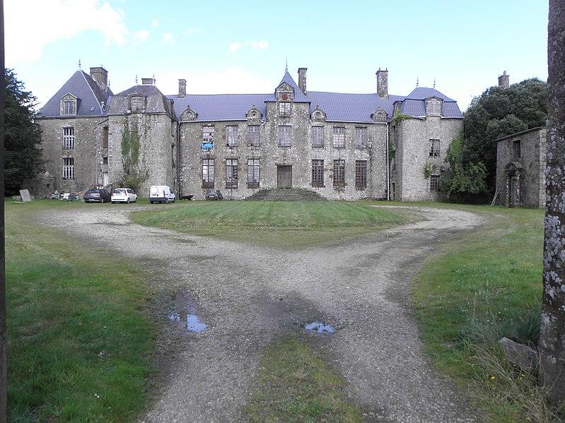 Photo du Monument Historique Château de Montfléaux situé à Saint-Denis-de-Gastines