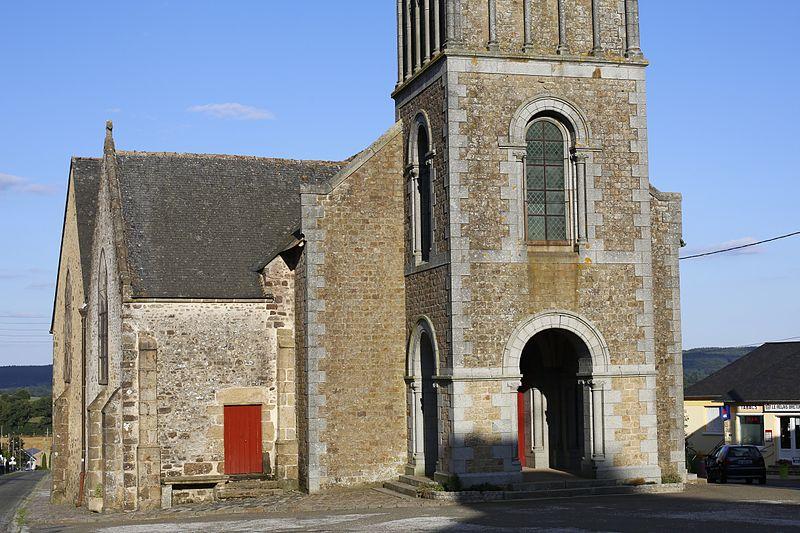 Photo du Monument Historique Eglise Saint-Martin situé à Saint-Martin-de-Connée