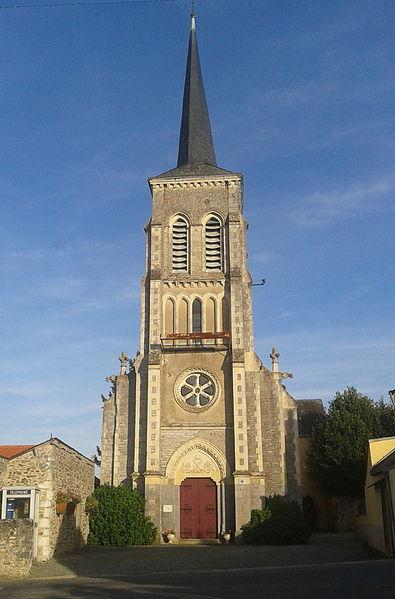 Photo du Monument Historique Eglise Saint-Martin situé à Préaux