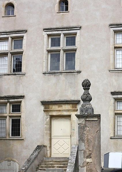 Photo du Monument Historique Presbytère situé à Lay-Saint-Christophe