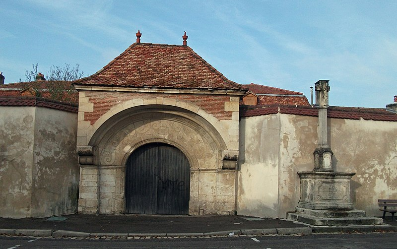 Photo du Monument Historique Presbytère situé à Liverdun