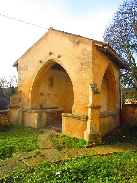 Photo du Monument Historique Ossuaire situé à Olley