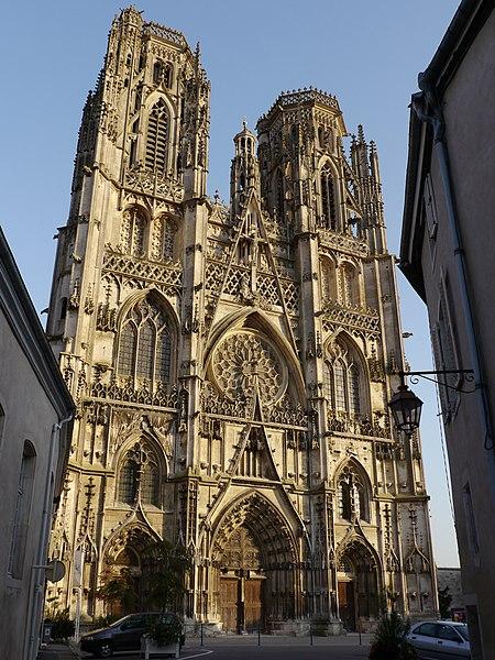 Photo du Monument Historique Ancienne cathédrale Saint-Etienne et son cloître situé à Toul