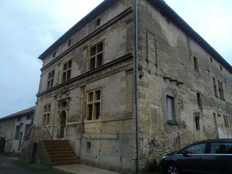 Photo du Monument Historique Ferme Sainte-Mathilde situé à Tucquegnieux