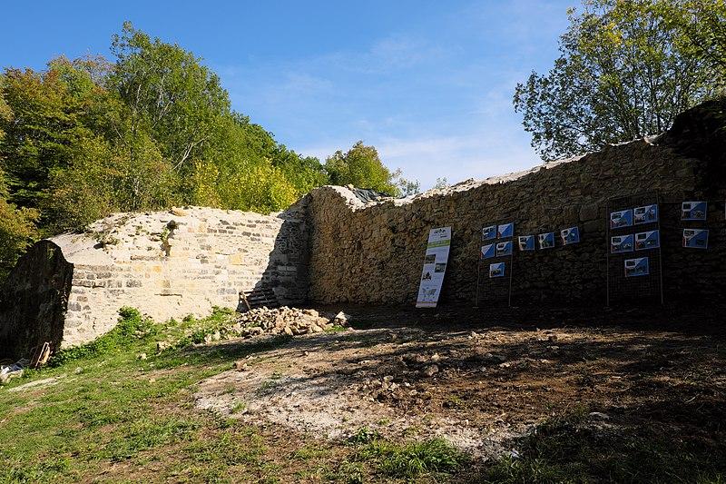 Photo du Monument Historique Château de l'Avant-Garde situé à Pompey