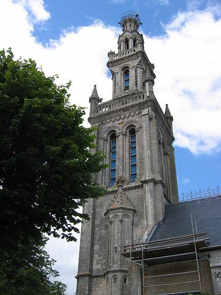 Photo du Monument Historique Eglise paroissiale de la Nativité de la Vierge dite Basilique Notre-Dame-de-Sion et ancien couvent des Tiercelins de Sion situé à Saxon-Sion