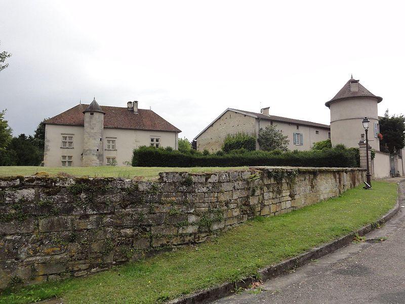 Photo du Monument Historique Maison dite Le Château situé à Bazincourt-sur-Saulx