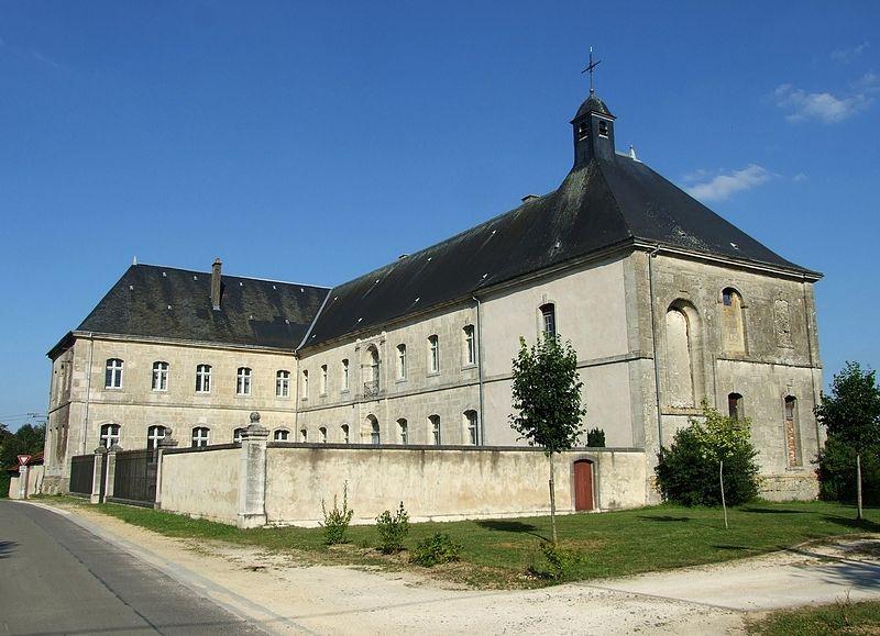 Photo du Monument Historique Ancienne résidence des Prémontrés situé à Brieulles-sur-Meuse