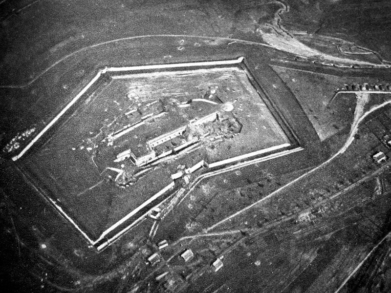 Photo du Monument Historique Fort situé à Douaumont