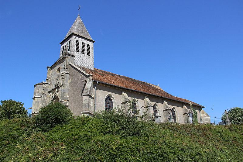 Photo du Monument Historique Eglise et cimetière l'entourant situé à Evres