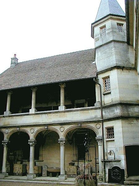 Photo du Monument Historique Hôtel de Princerie, actuellement musée situé à Verdun