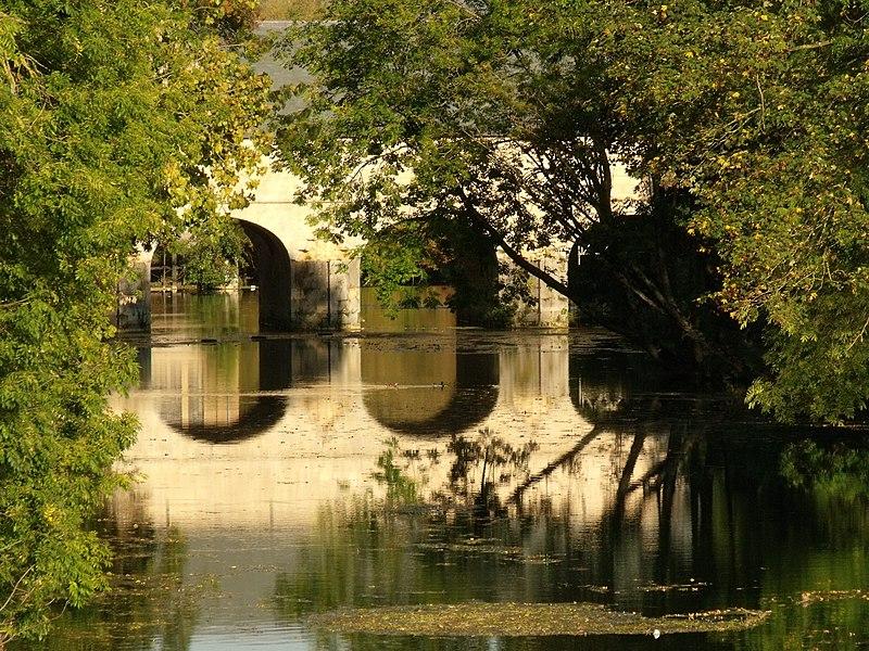 Photo du Monument Historique Pont-écluse Saint-Amand situé à Verdun