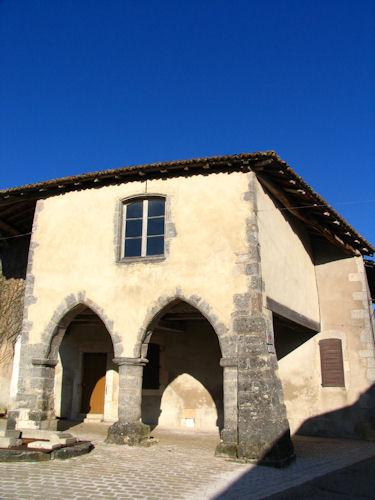 Photo du Monument Historique Maison dite des Arcades situé à Vigneulles-lès-Hattonchâtel