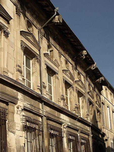 Photo du Monument Historique Ancien Hôtel de Faillonnet ou maison des gargouilles situé à Saint-Mihiel